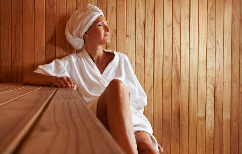 Woman-Sauna-Robe-1200x765